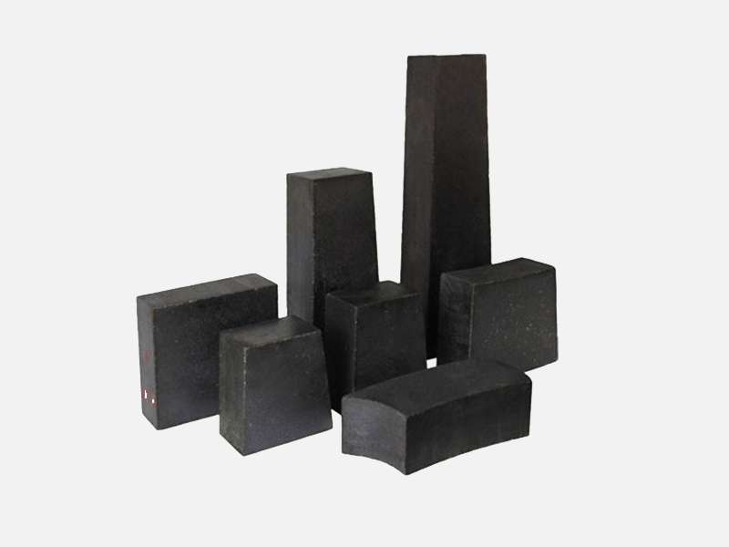 Magnesium carbon brick for converter
